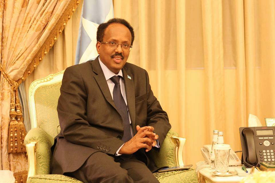 Somali President and his Kenyan counterpart hold telephone talks to stop construction of the wall between Beled Hawa and Mandera